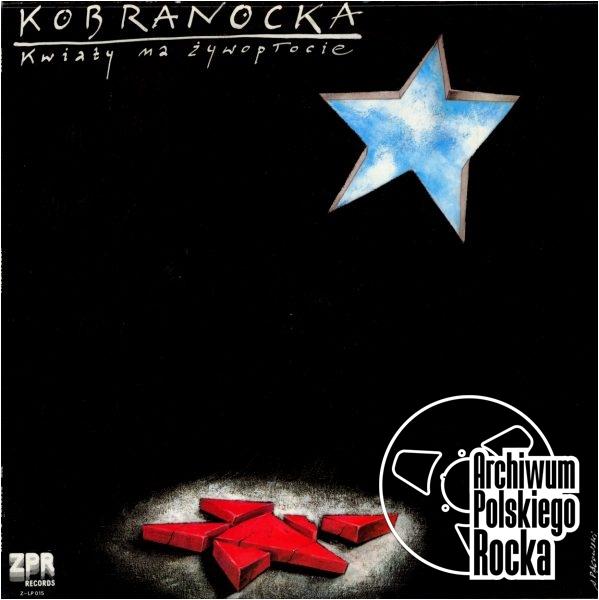 Kobranocka - Kwiaty na żywopłocie